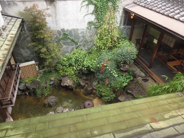 中庭のある家